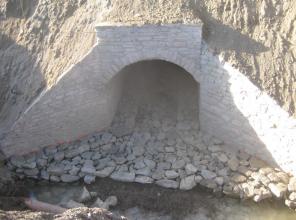 Zdjęcie przedstawia prace budowlane przy realizacji inwestycji